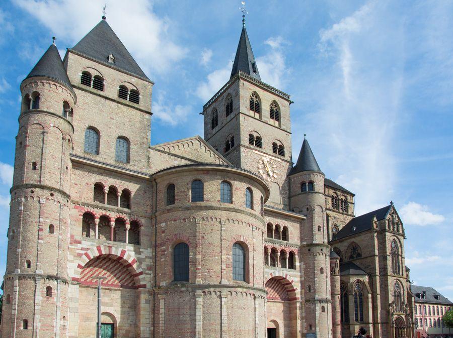 Cathédrale Saint-Pierre - Dom Trier