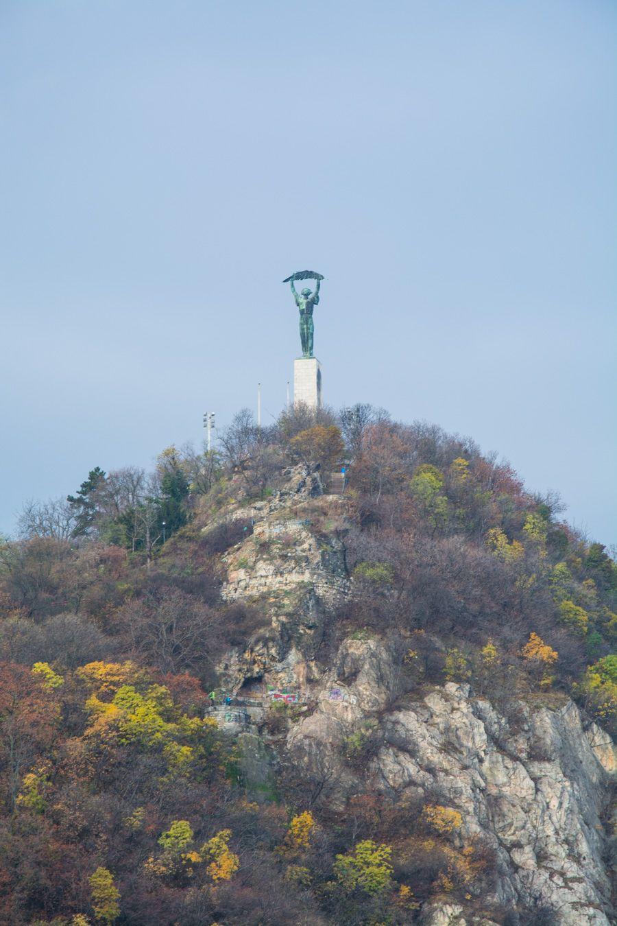 que voir a budapest - statue de la liberté