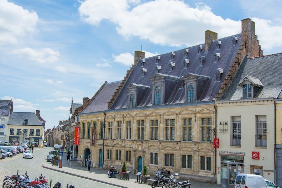 hotel de la noble cour - musée de flandre