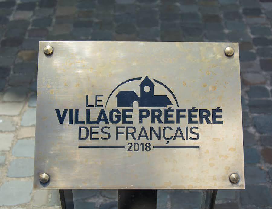 plaque village préféré des français